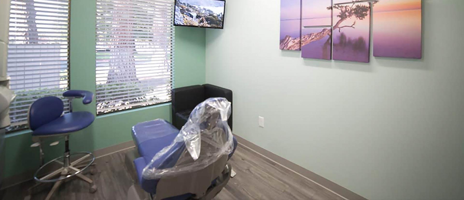 Mark Wong DDS dental room